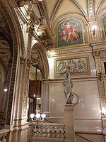 Interior of Vienna State Opera House.jpg