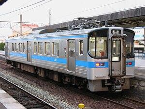 JR Shikoku 7000 series - Image: JR Shikoku 7017