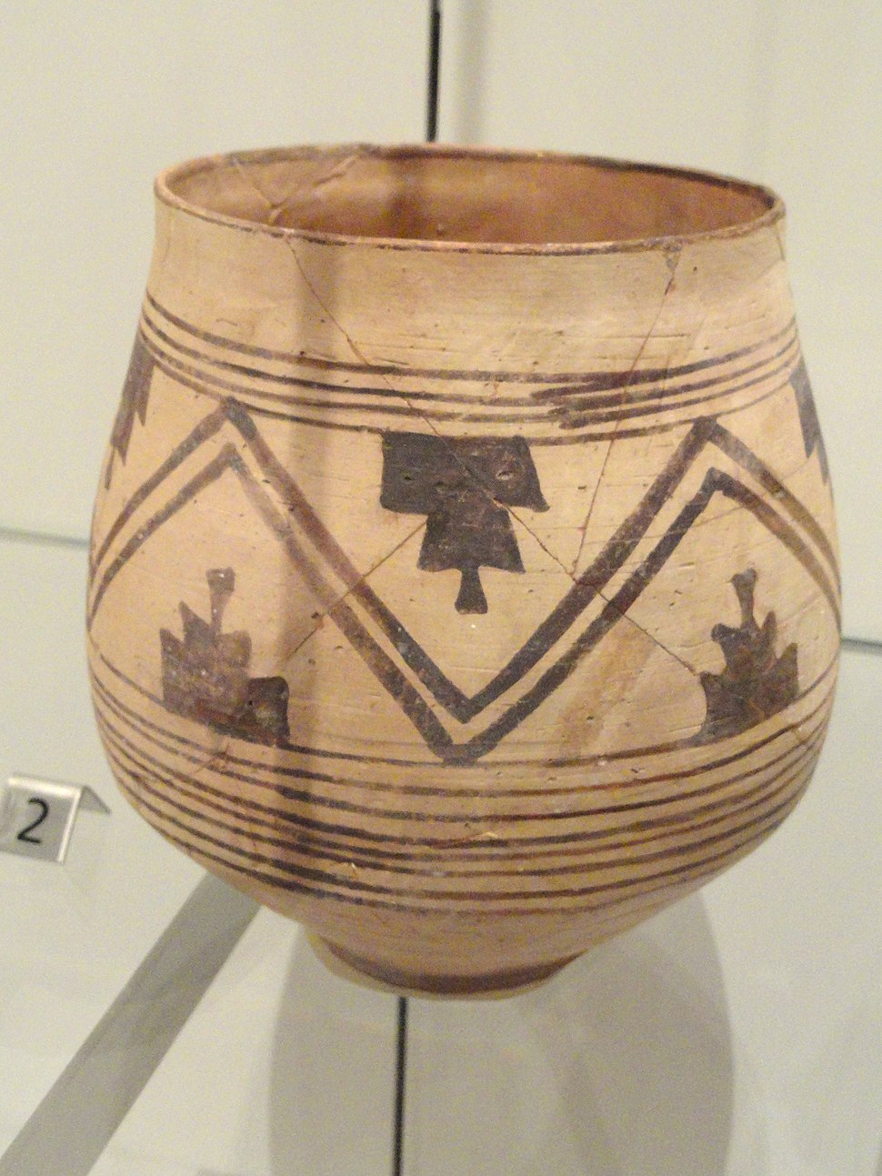 Jar, Indus Valley Tradition, Harappan Phase, Quetta, Southern Baluchistan, Pakistan, c. 2500-1900 BC - Royal Ontario Museum - DSC09717