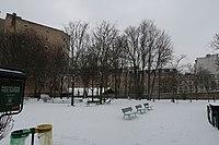 Jardin Christiane-Desroches-Noblecourt Paris neige.jpg