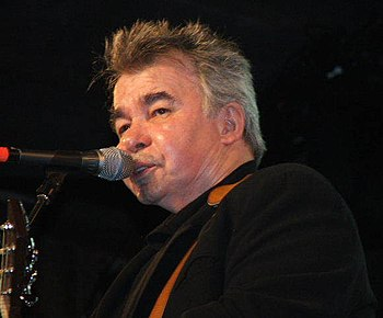 English: John Prine at MerleFest (2006). Photo...
