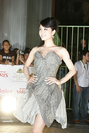 MTV Asia Awards 2006 - Taiwanese singer Jolin Tsai on the red carpet for the MTV Asia Awards 2006.