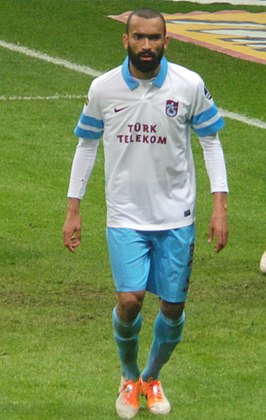 Bosingwa in het shirt van Trabzonspor in 2013