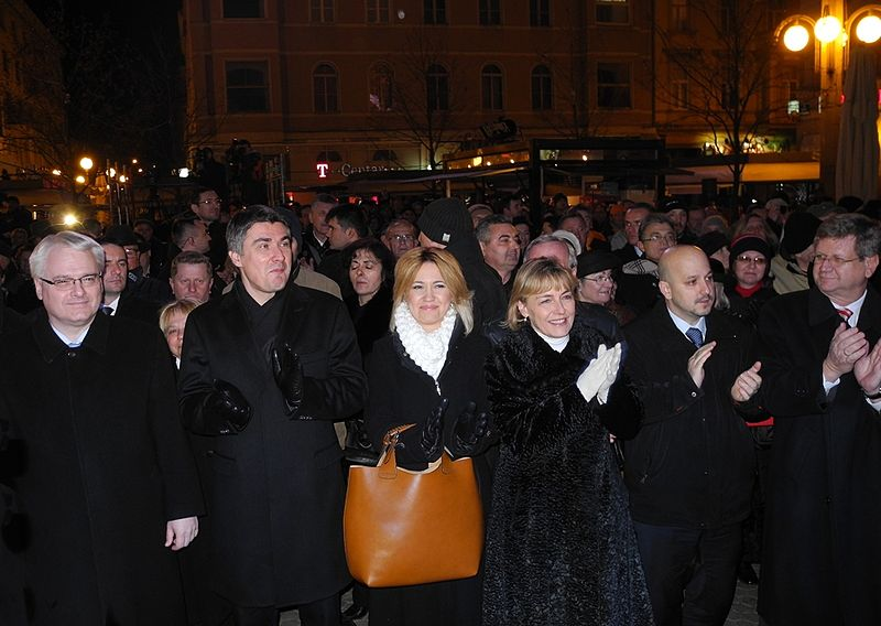 File:Josipovic Milanovic Opacic Pusic Maras Mrsic Zagreb 20 obljetnica medjunarodnog priznanja RH 15012012 2.jpg