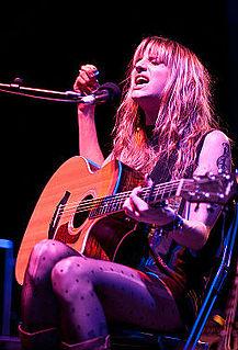 Juliet Simms American singer-songwriter