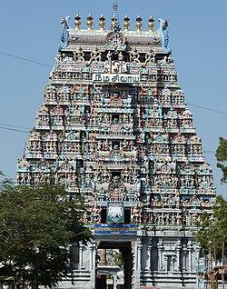 Torbau (gopuram) des Kalyana-Pasupatheswar-Tempels