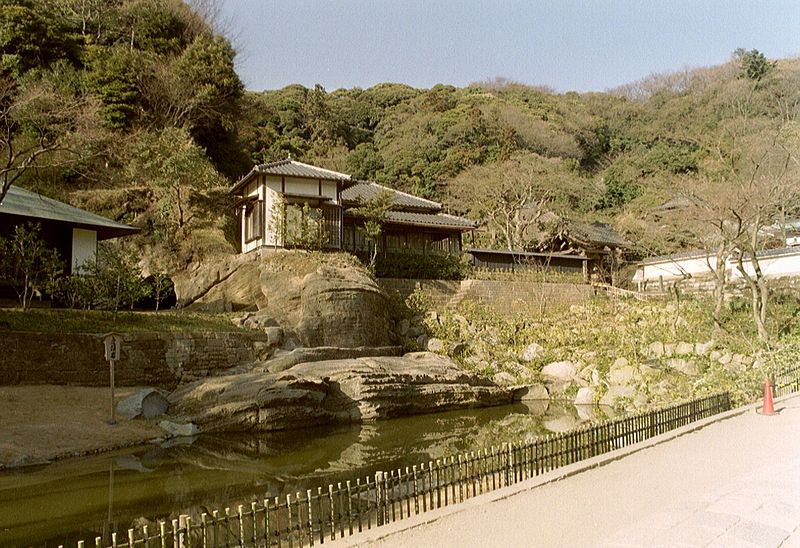 File:Kamakura, Engaku-ji (6217597001).jpg