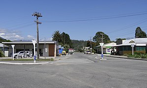Karamea (crossroad Bridge Street).jpg
