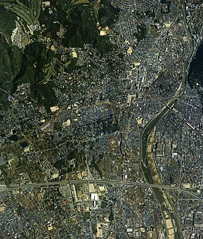 Kawanishi city center area Aerial photograph.1985.jpg