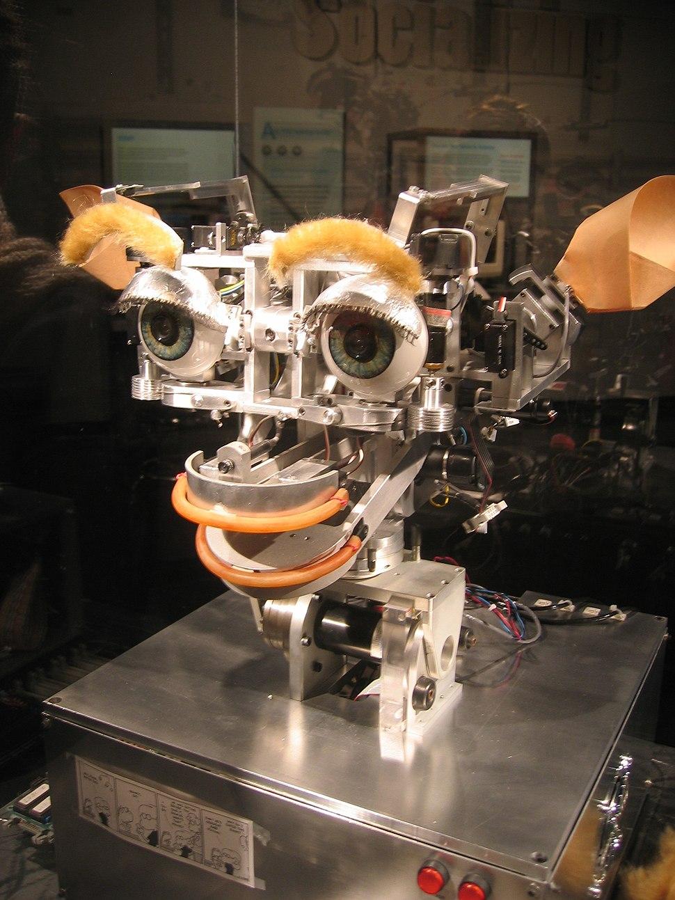 Kismet robot 20051016