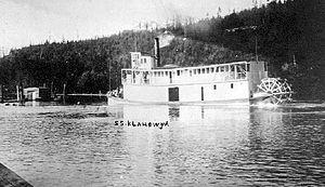 Klahowya (sternwheeler) - Klahowya departing Golden, BC, ca 1911
