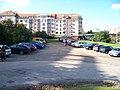 Kolátorova, parkoviště pod poliklinikou, pohled ke Slavníkově.jpg