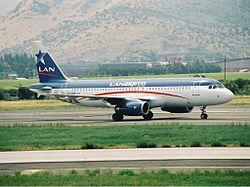 LAN Express Airbus A320 Lebeda.jpg