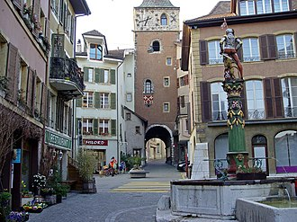 La Neuveville - City gate of La Neuveville