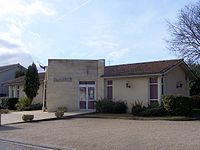 Lamothe-Landerron Mairie.JPG