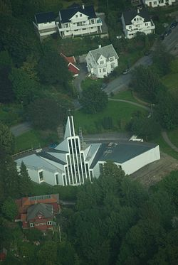 Landås kirke.jpg