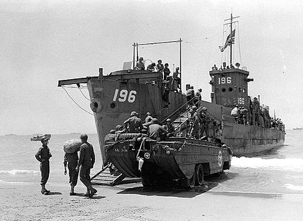 LCI(L) 196 and a DUKW during the Invasion of Sicily 1943 (World War II) Landing Craft Infantry-LCI(L)196.jpg