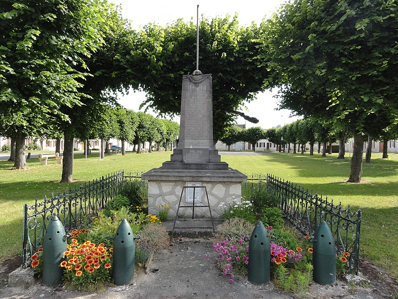 Lappion (Aisne) monument aux morts