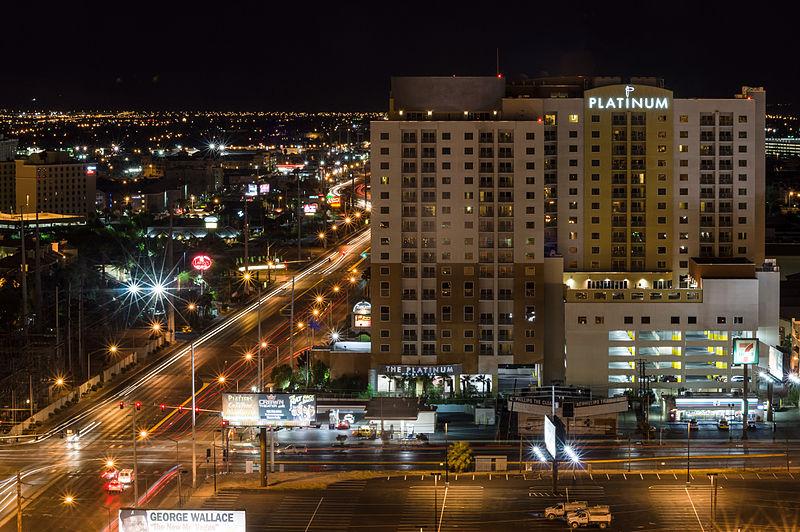 File:Las Vegas, Platinum Hotel 01.jpg
