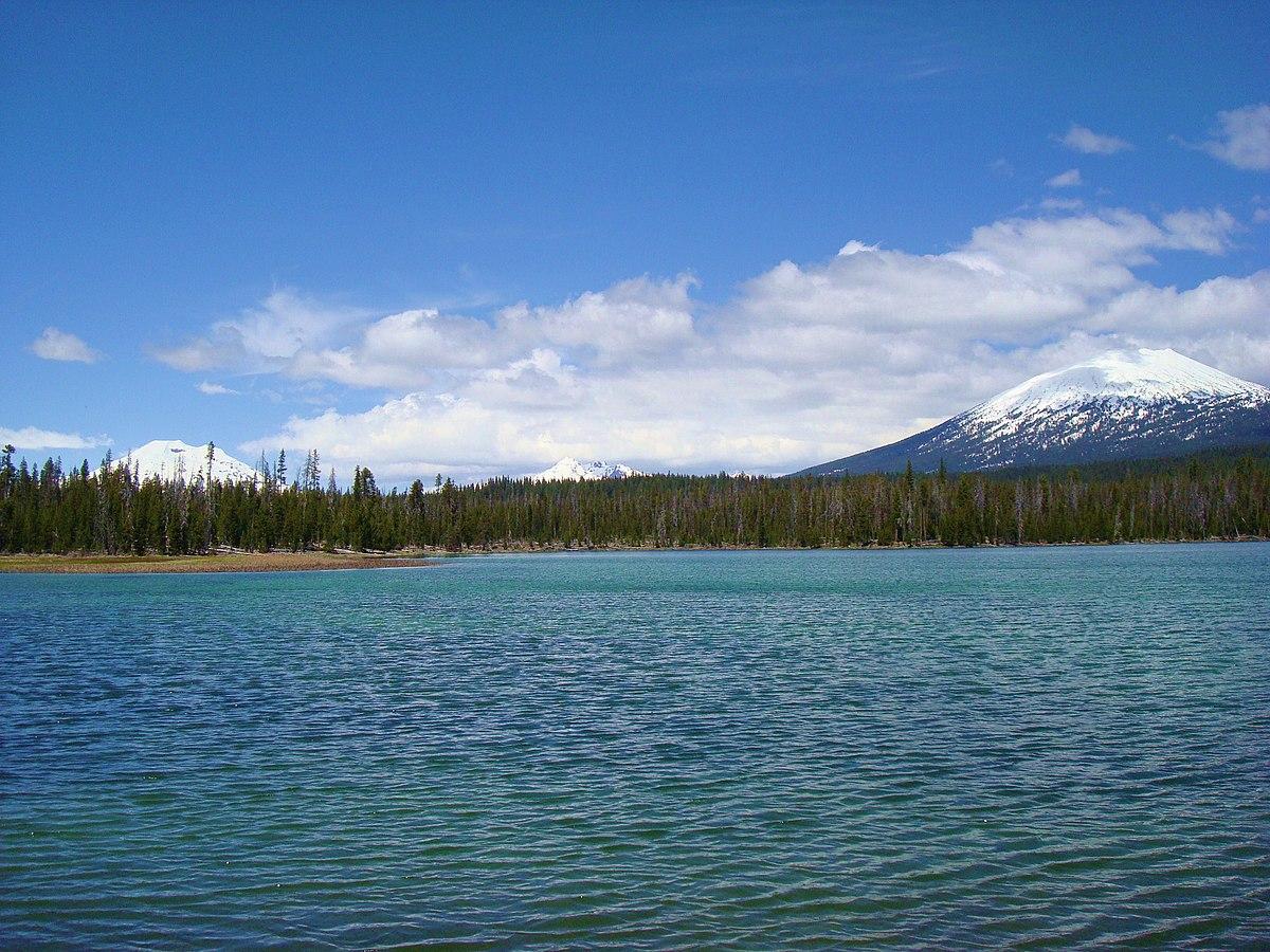 Lava Lake (Oregon) - Wikipedia