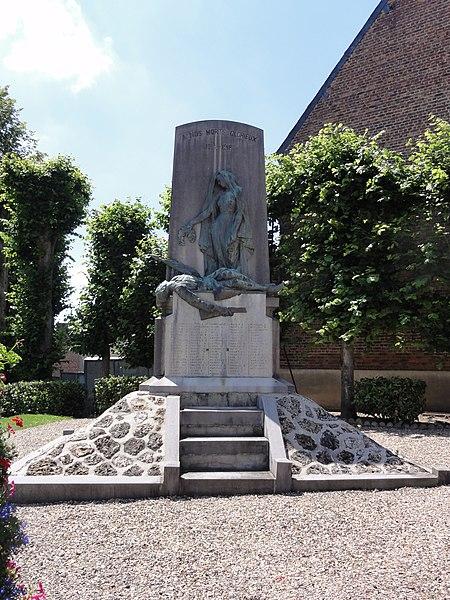 Le Nouvion-en-Thiérache (Aisne, Fr) monument aux morts