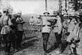 Le roi de Roumanie décore des soldats sur le front - Médiathèque de l'architecture et du patrimoine - AP62T103284.jpg