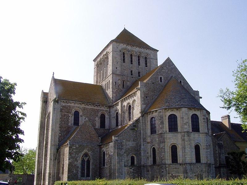 Le chevet de l'abbaye de Lessay, située dans le département de la Manche (France)