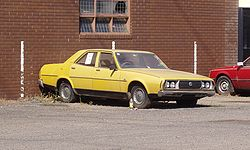 Leyland P76 yellow.jpg