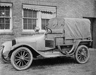 Dodge - M1918 light repair truck G10, likely U.S. Army (Field Artillery Journal Sep-Oct 1920)
