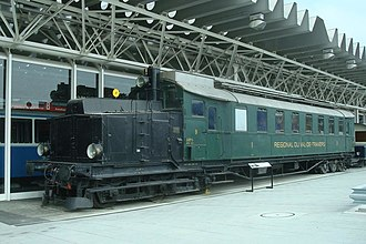 Swiss & German co-production: world's first functional diesel-electric railcar 1914 Limousin2010RVT01.jpg