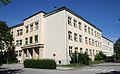 Linz-Kleinmünchen - Haupt- und Volksschule 01.jpg