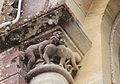 Lion-sur-Mer église Saint-Pierre chapiteau2.JPG