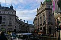 London - Piccadilly Circus - Regent Street.jpg