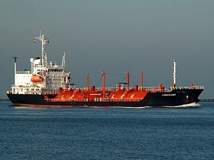 Longchamp approaching Port of Rotterdam, Holland 09-Jan-2006.jpg