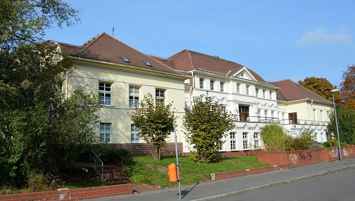 Lutherhaus (Bitterfeld-Wolfen) – Wikipedia