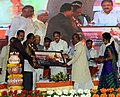 M. Venkaiah Naidu honouring the Achievers of 'Crusade for Toilets', at the 'Swachhta Hi Sewa' and 'A Crusade for Toilets' programmes under Swachh Bharat Abhiyan, at Konnur Village, Gadag District, Karnataka (1).jpg