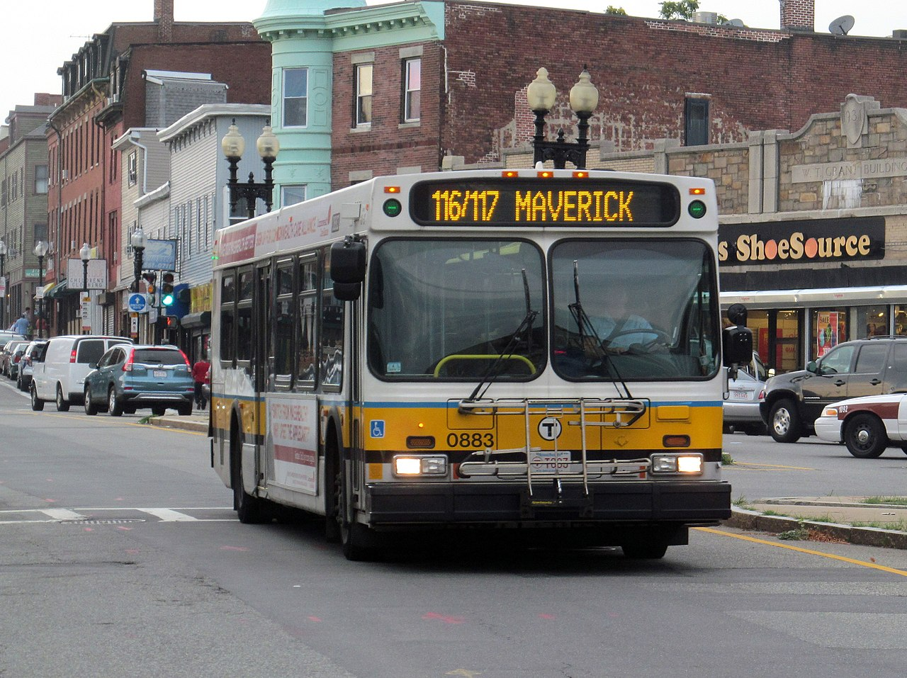 File Mbta Route 116 117 Bus On Meridian Street August