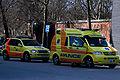 MHE - akutlæge og ambulance.jpg