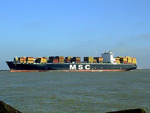 MSC Chicago p8, leaving Port of Rotterdam, Holland 08-Mar-2007.jpg