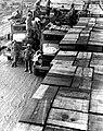Maastricht (1944), opslagplaats Amerikaanse leger Oranjeplein.jpg