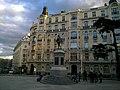Madrid Plaza De Las Cortes Statue - panoramio.jpg