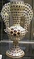 Maiolica di manises, , vaso con manici ad ala e stemmi medici, 1465-92.JPG