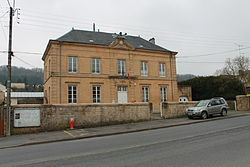 Mairie de Dom-le-Mesnil.JPG