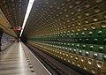 Malostranská metro station platform.jpg