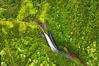 Isla Nublar - Manawaiopuna Falls, site of Jurassic Park's helipad