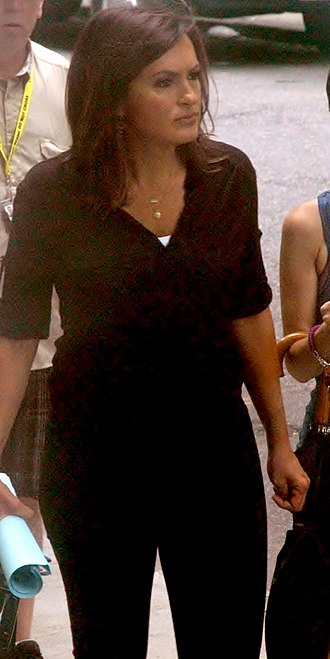 Mariska Hargitay - Hargitay on set of season 12 of ''Law & Order: SVU'' in August 2010