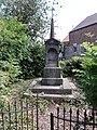 Maubeuge (Nord, Fr) chapelle à la Banlieu.JPG