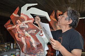 Antonio García Vega - Artist working on a piece