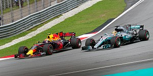 Mercedes AMG F1 W08 EQ Power+ - Max Verstappen took over the lead by overtaking Lewis Hamilton at 2017 Malaysian Grand Prix.