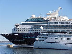 Mein Schiff 2 und Princess Daphne in Tallinn 13 May 2012.JPG